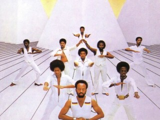 Earth Wind & Fire – It Was Saturday Nite [Derek Kaye Rework]